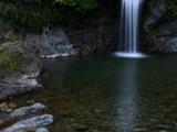 滝と滝つぼ