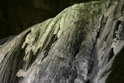 ライトアップの袋田の滝3