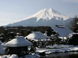 古民家と富士山4