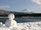 雪ダルマと西湖